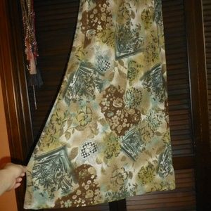 T & Company Long Green Floral Skirt, XL
